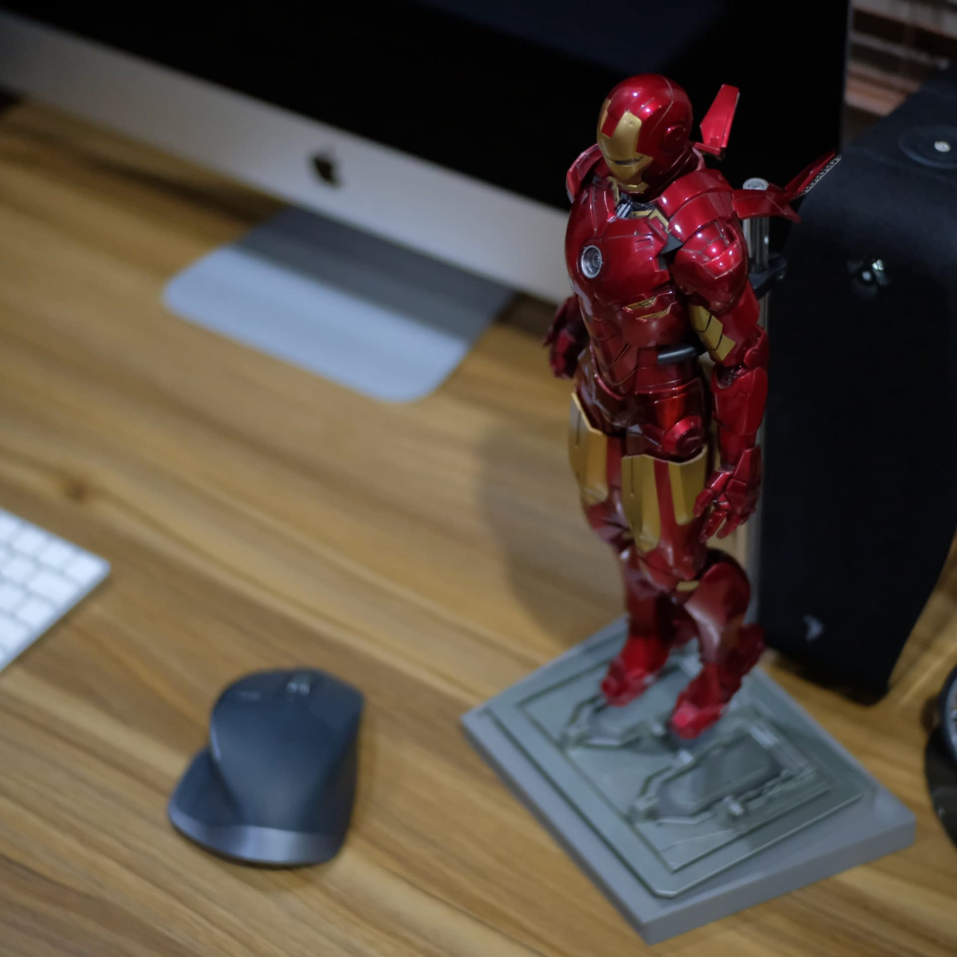 How to fix HT's Iron Man pink panty issue 57