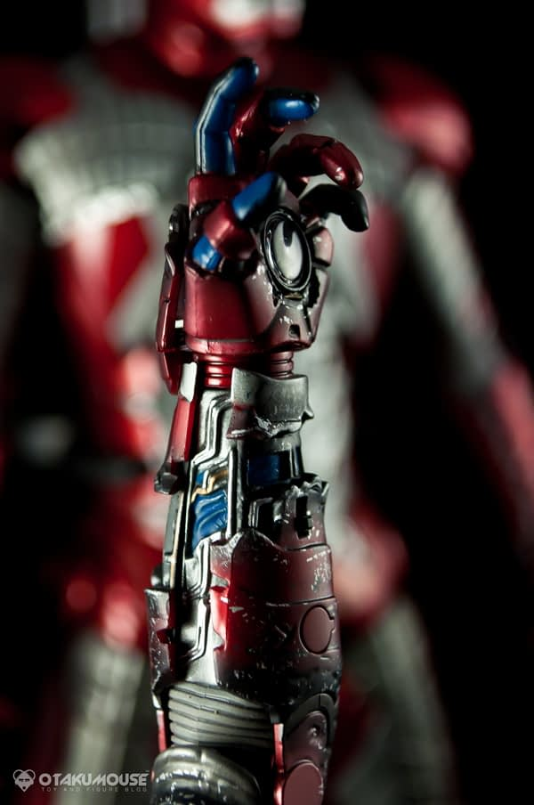 Review | Hot Toys: Ironman Mark V (8)