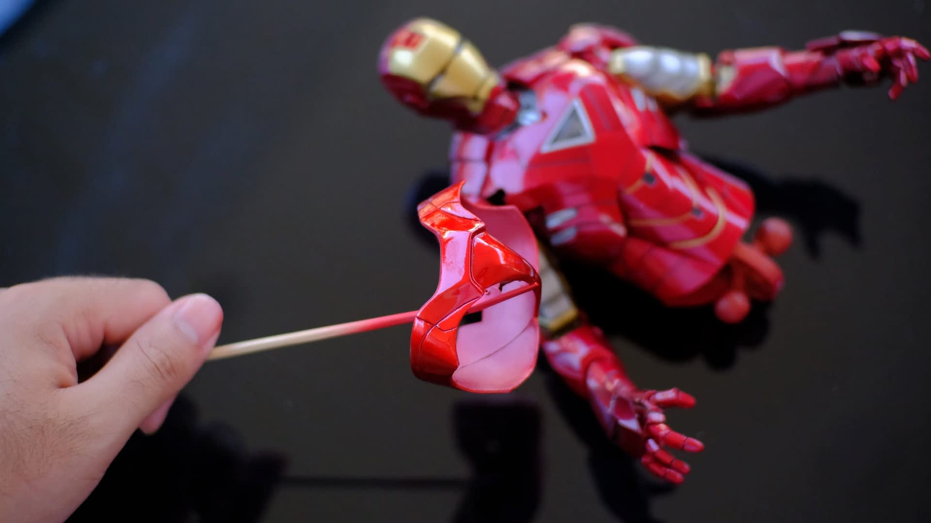 How to fix HT's Iron Man pink panty issue 35