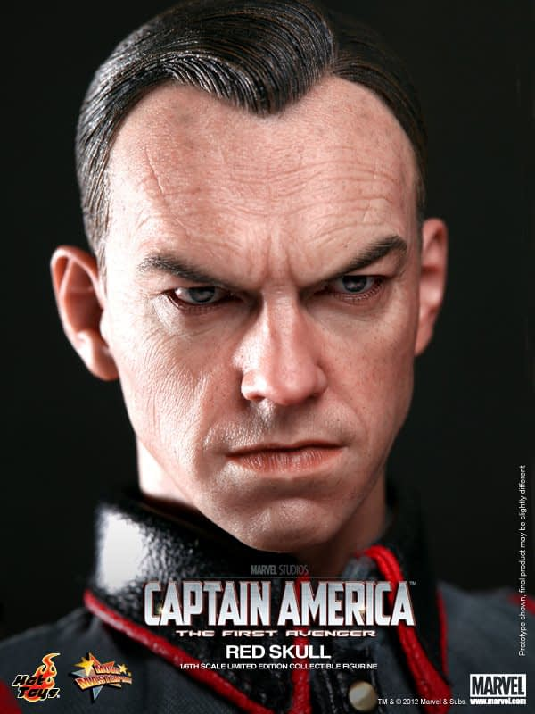 Preview   Hot Toys: Red Skull (4)