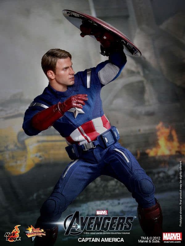 Preview   Hot Toys: Captain America (Avengers) (2)