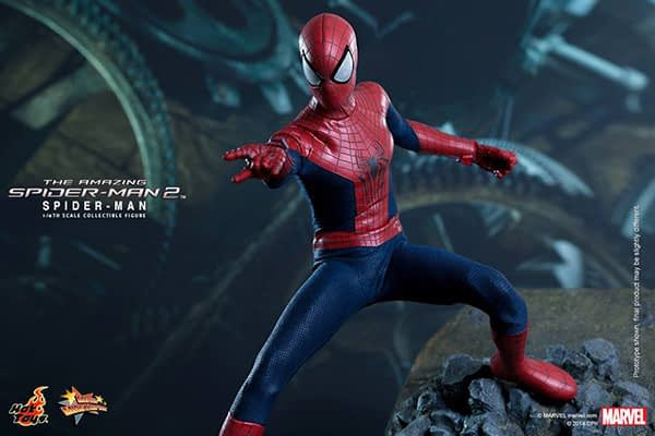 Preview   Hot Toys: Spider-Man (The Amazing Spider-Man 2) (14)