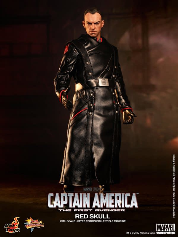 Preview   Hot Toys: Red Skull (1)