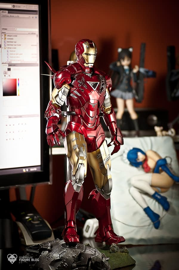 Hot Toys: Ironman Mark VI (2)