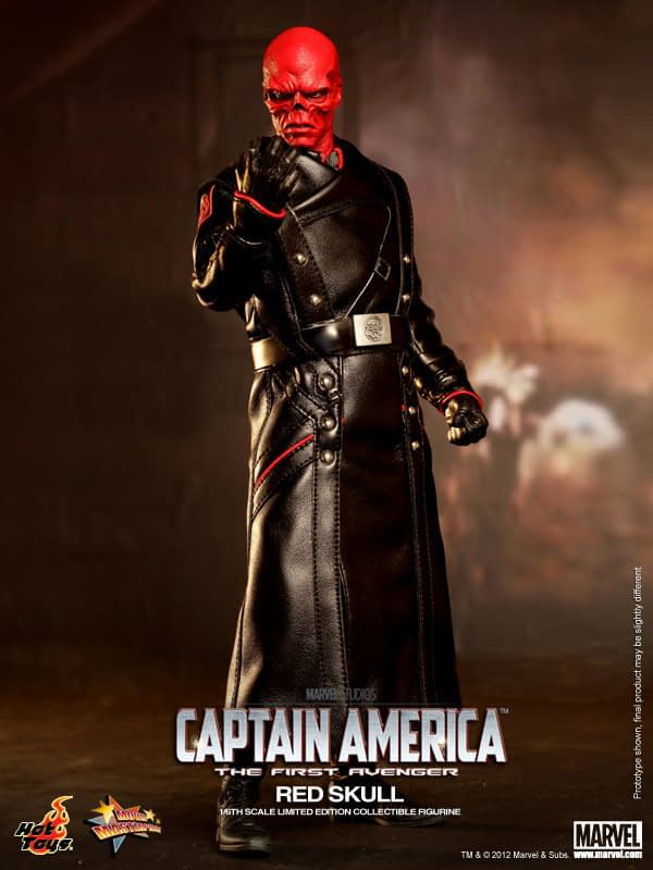 Preview   Hot Toys: Red Skull (11)