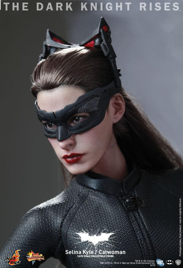 Preview | Hot Toys: Selina Kyle / Catwoman (15)