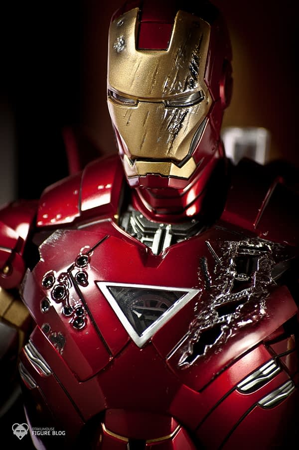 Hot Toys: Ironman Mark VI (10)