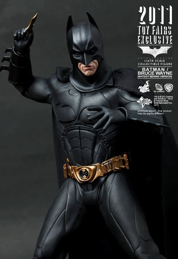 Preview | Hot Toys: 2011 Toy Fairs Exclusive Batman/Bruce Wayne (7)