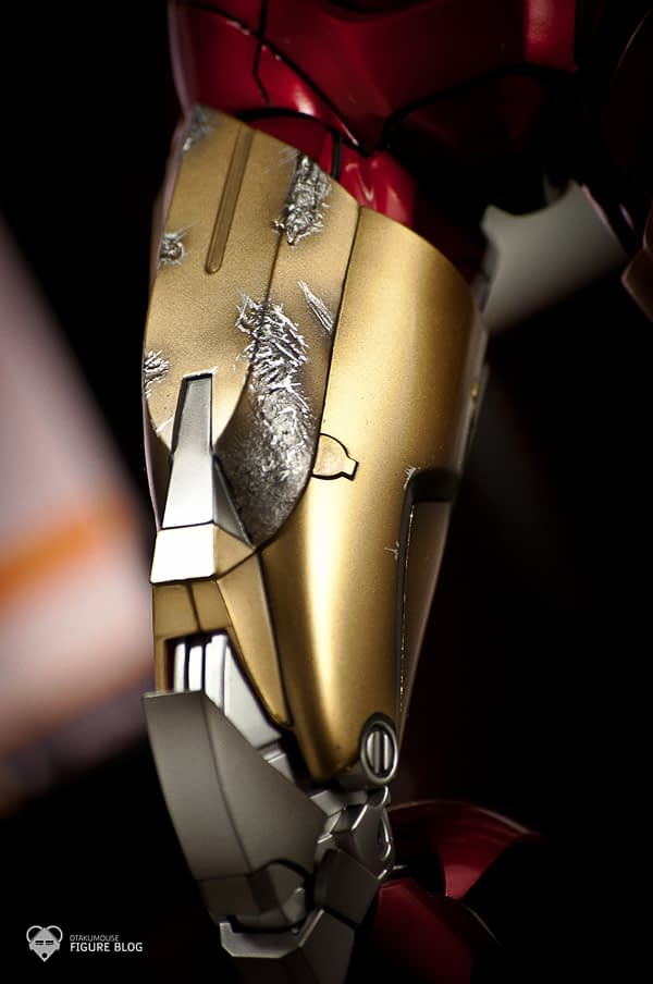 Hot Toys: Ironman Mark VI (12)