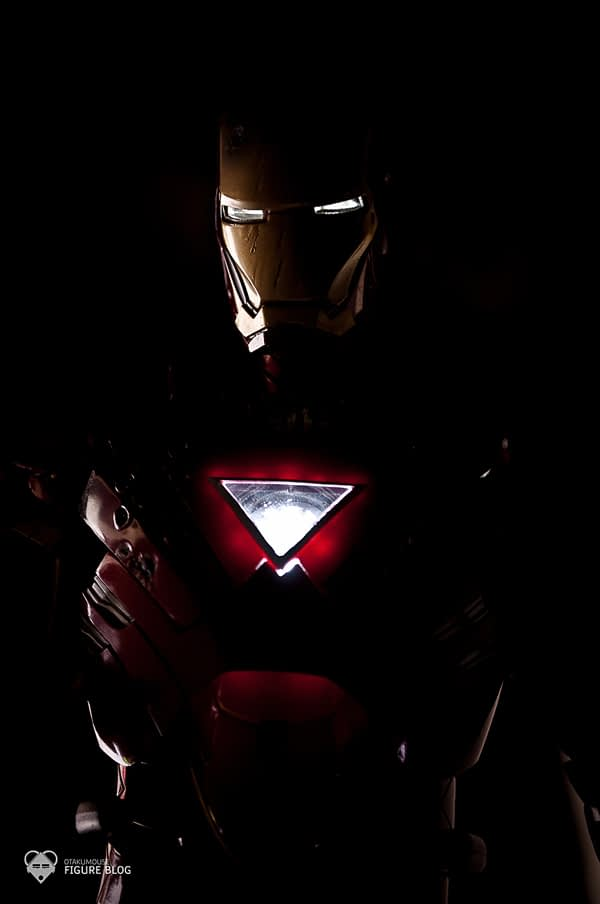 Hot Toys: Ironman Mark VI (49)