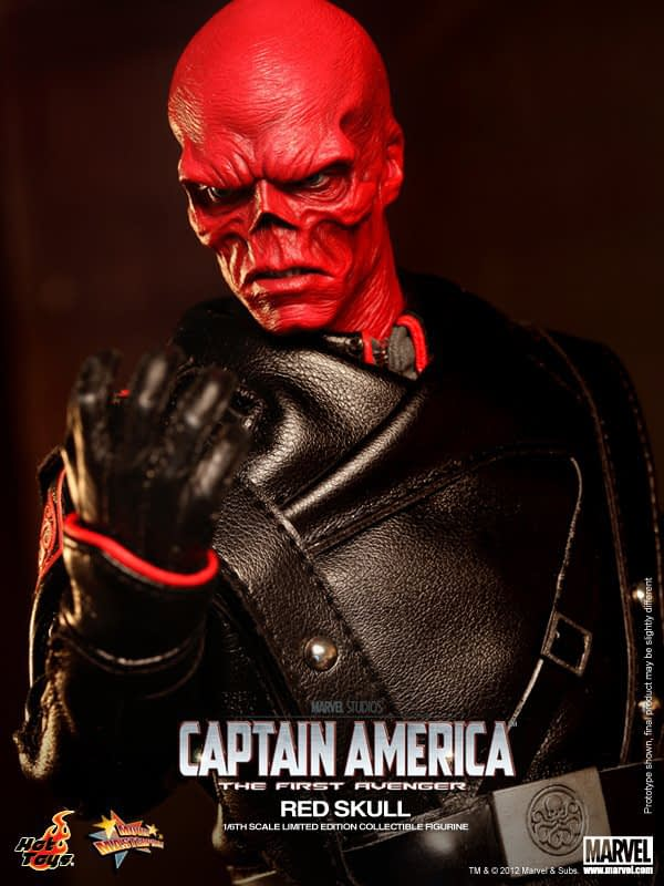 Preview   Hot Toys: Red Skull (9)