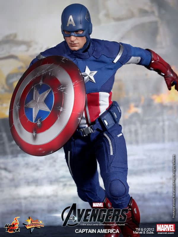 Preview   Hot Toys: Captain America (Avengers) (15)
