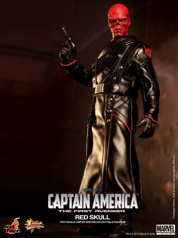 Preview   Hot Toys: Red Skull (6)
