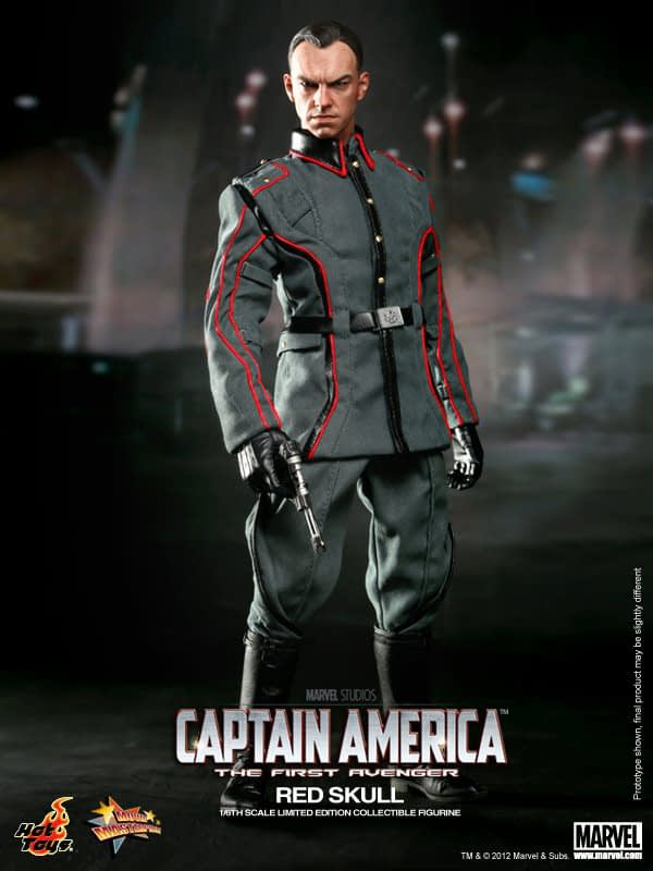 Preview   Hot Toys: Red Skull (12)
