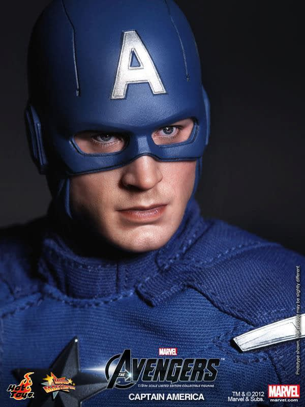 Preview   Hot Toys: Captain America (Avengers) (11)