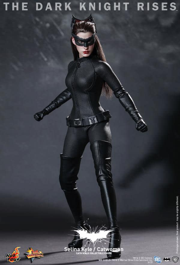 Preview | Hot Toys: Selina Kyle / Catwoman (5)