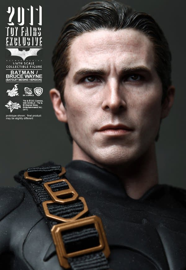 Preview | Hot Toys: 2011 Toy Fairs Exclusive Batman/Bruce Wayne (10)