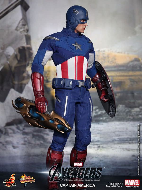 Preview   Hot Toys: Captain America (Avengers) (13)