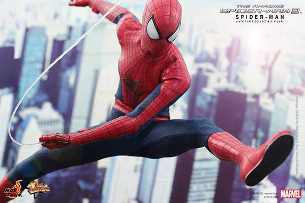 Preview   Hot Toys: Spider-Man (The Amazing Spider-Man 2) (8)