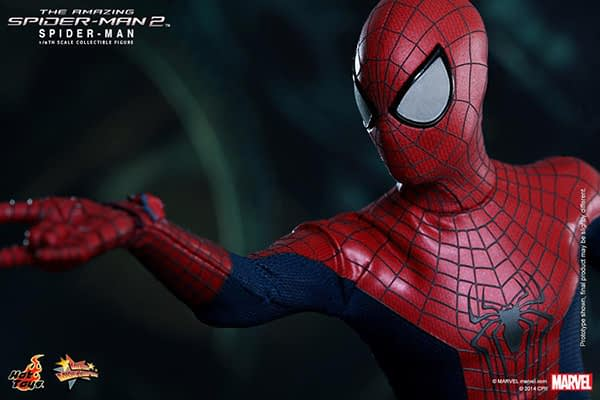 Preview   Hot Toys: Spider-Man (The Amazing Spider-Man 2) (17)