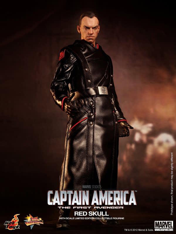 Preview   Hot Toys: Red Skull (15)