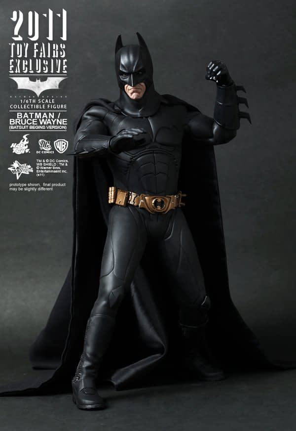 Preview | Hot Toys: 2011 Toy Fairs Exclusive Batman/Bruce Wayne (11)