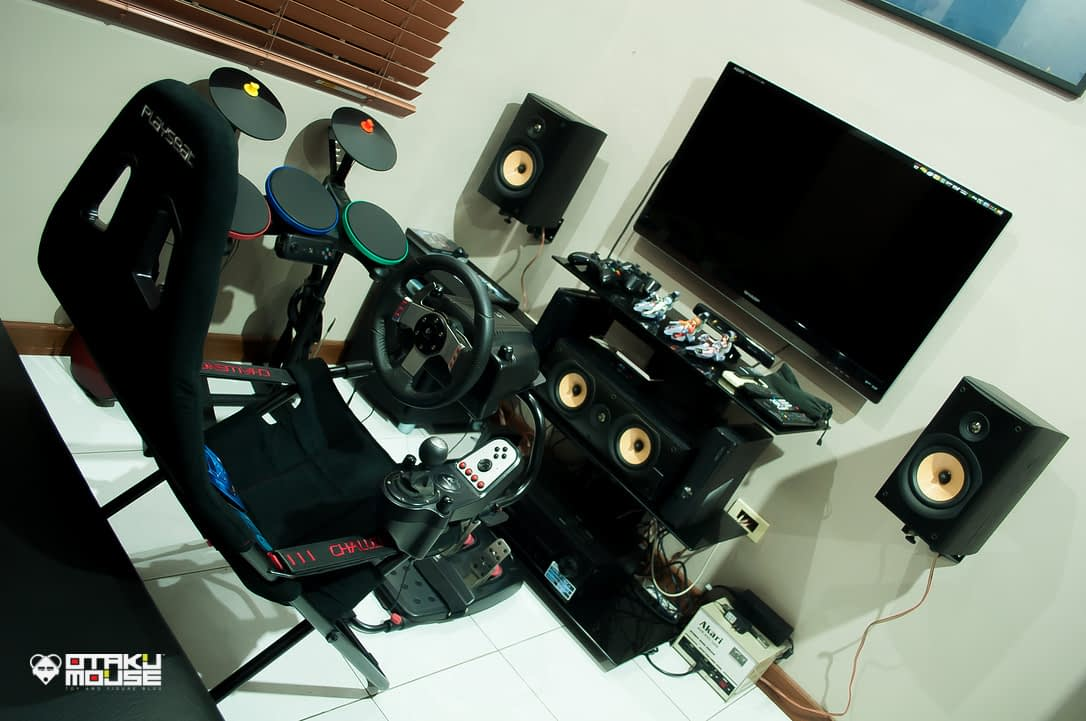 Playseat Challenge and Logitech's G27 Combo (7)