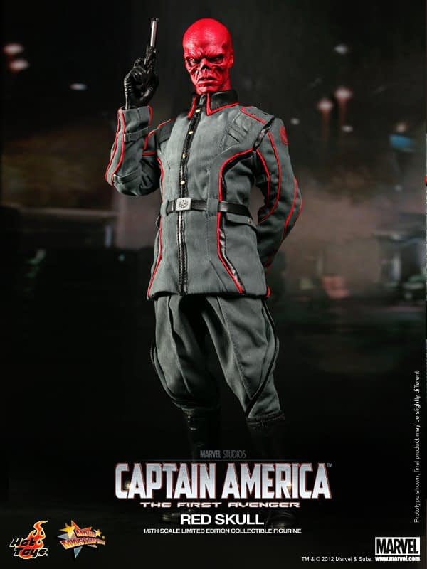 Preview   Hot Toys: Red Skull (10)