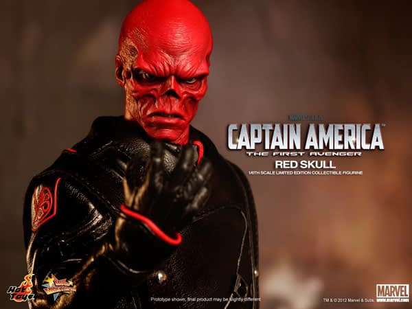 Preview   Hot Toys: Red Skull (14)