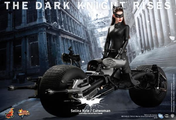 Preview | Hot Toys: Selina Kyle / Catwoman (8)