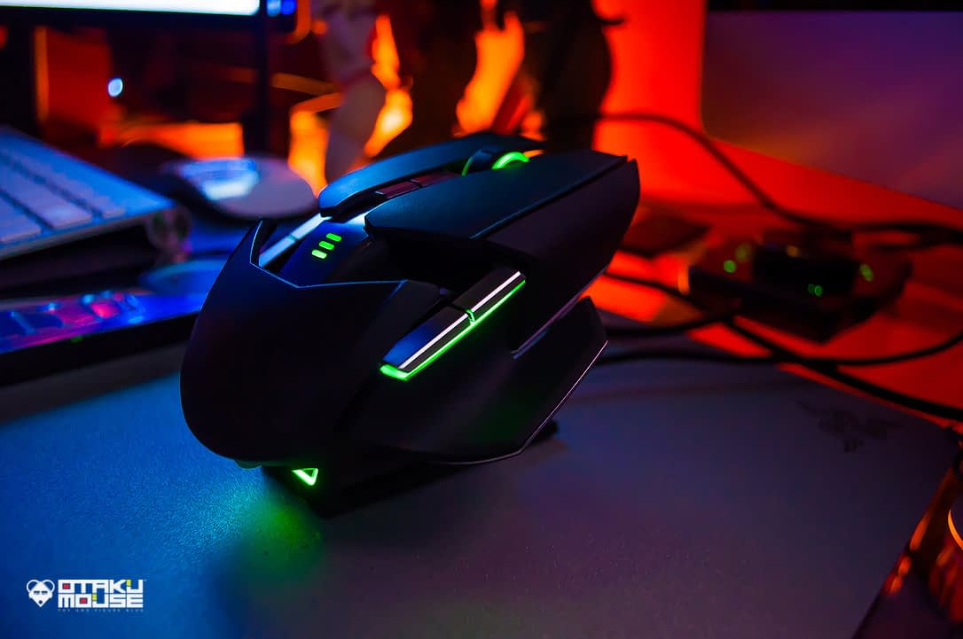 Gaming Using The Razer Ouroboros (23)