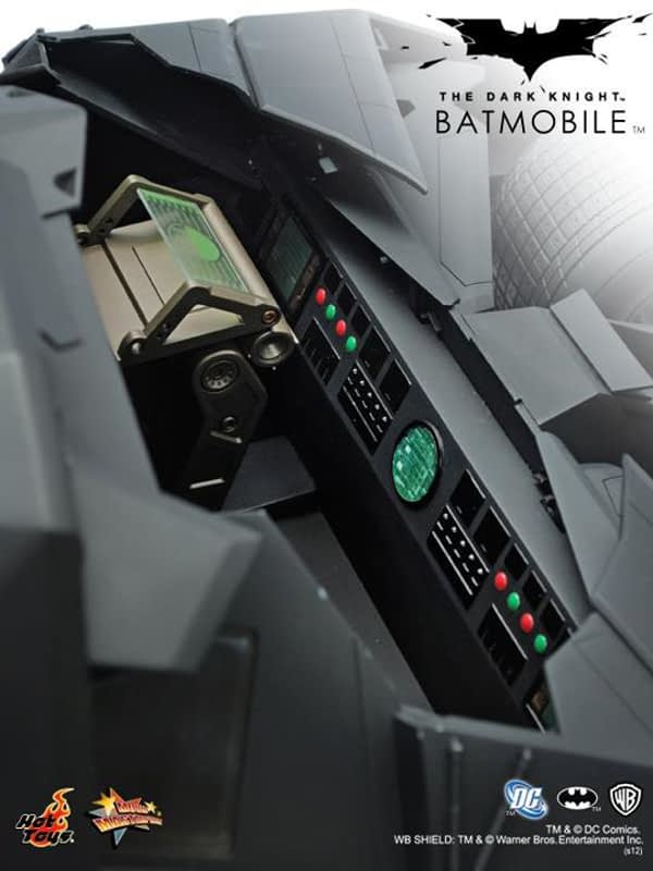 Preview | Hot Toys: Batmobile (Re-Launch) (12)